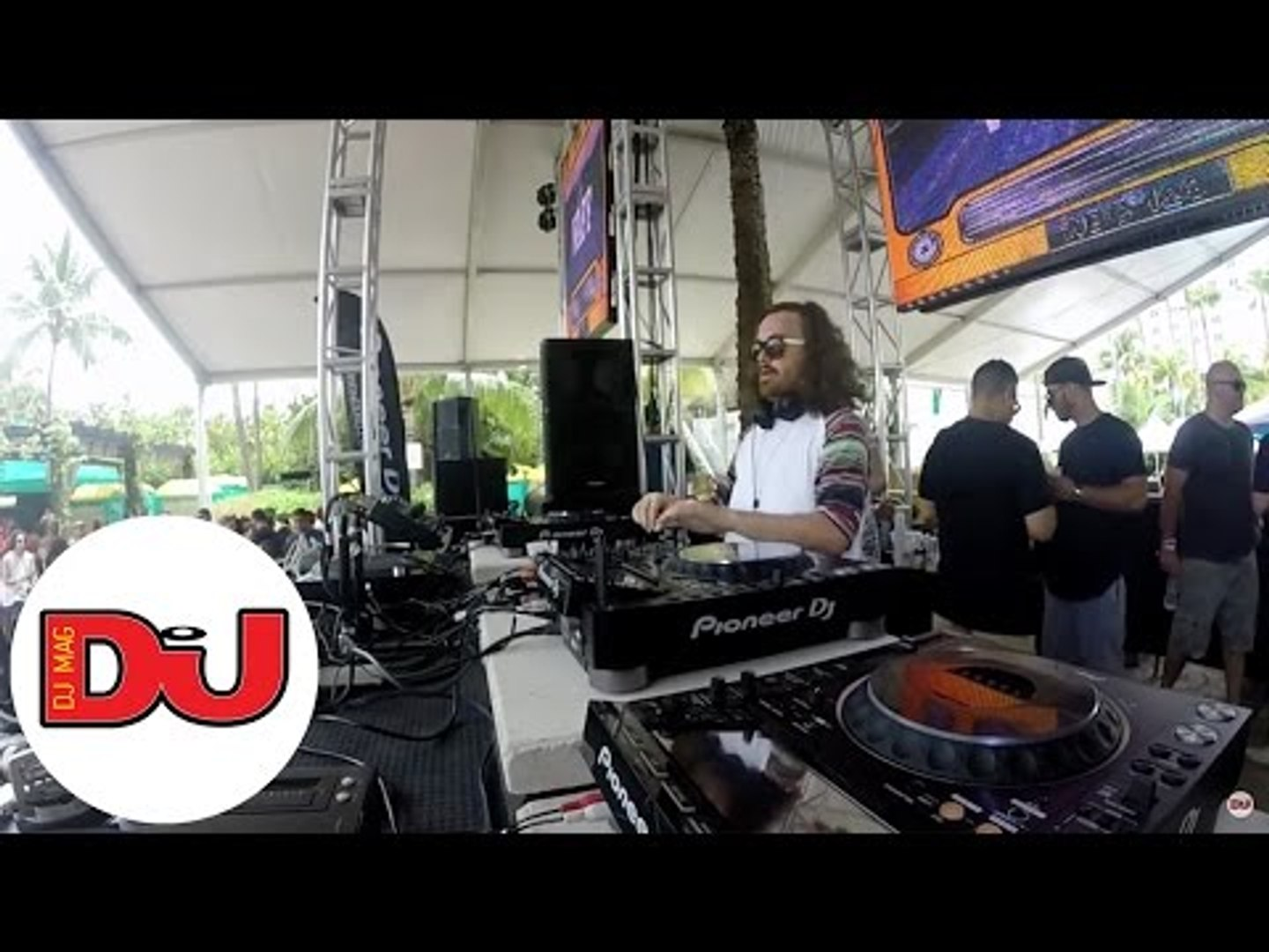 wAFF LIVE techno DJ Set at Sunday School Pool Party in Miami
