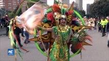 Desfile multicolor inaugura XV Festival Iberoamericano de Teatro de Bogotá
