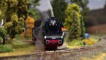 Modellbahn Dampflokomotive BR 10 002 der Deutschen Bundesbahn - Ein Video von Pennula zum Thema Eisenbahn-Schauanlagen und Modellbau sowie Modelleisenbahnen