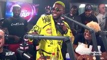 """L'animateur de """"Planète Rap"""", Fred Musa, fume un joint dans les studios de Skyrock - VIDEO"""