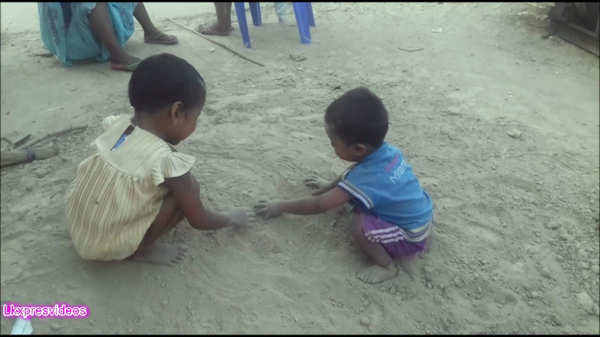 AMAZING LITTLE KID DURING PLAYING
