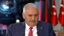 """Başbakan Binali Yıldırım, ortak yayında yaptığı konuşmada: """"Abdullah Gül aday olacaksa olur, olmayacaksa olmaz. Abdullah Gül 'ben partimin yanındayım' demeliydi. Ben partimin emrindeyim demesini beklerdim"""" dedi."""