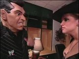 Eric Bischoff & Stephanie McMahon kiss on Smackdown!