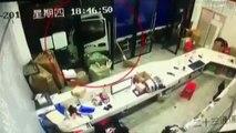 Ce conducteur de camion vient de passer la pire journée de sa vie