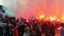 Beşiktaş fans giving their team a low-key send off before the big derby against Galatasaray today - Galatasary 2-0 Besiktas 29.04.2018