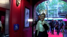 Catherine Frot au Musée Grévin : Une statue de cire pour son anniversaire (exclu vidéo)