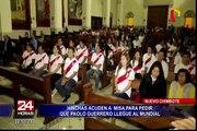 Nuevo Chimbote: hinchas asisten a misa para pedir que Paolo Guerrero llegue al Mundial