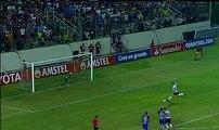 Delfín pone en peligro su continuidad en la Copa Libertadores luego de caer ante Colo Colo
