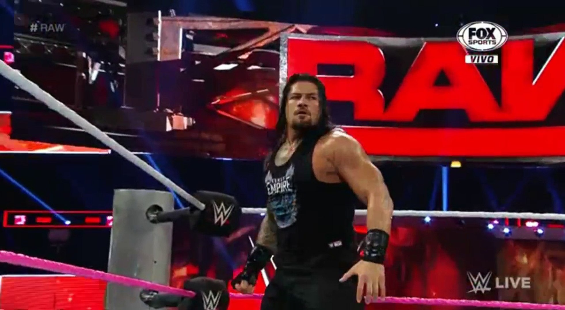 WWE RAW LIVE 3/10/16 HIGHLIGTHS ROMAN REIGNS VS RUSEV REMATCH IN HELL IN A CELL