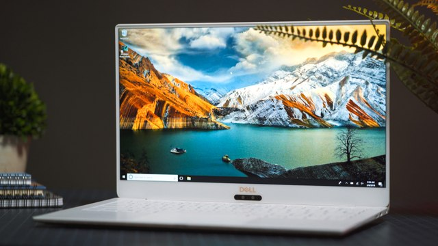 The New Dell XPS 13 (2018) Review  Still the Best