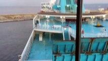 Un commandant de la SNCM force le passage et casse son bateau