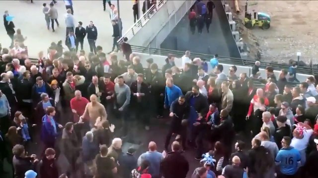 Arsenal vs Man City Fans FIGHTING Outside WEMBLEY STADIUM!! - Football Fights