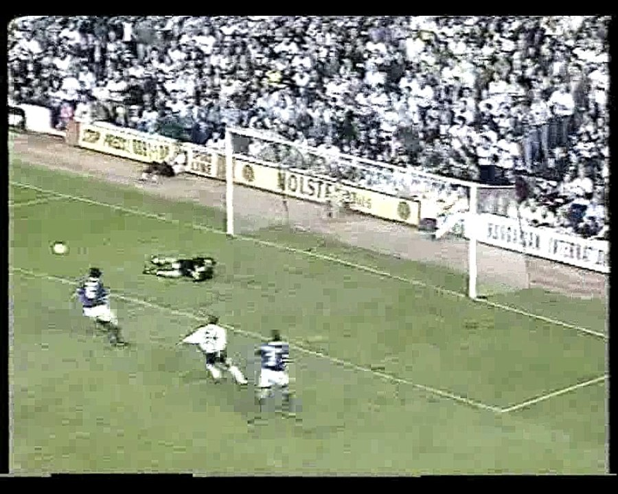 Everton v Newcastle United    18-12-1993