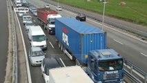 Pa Koment - Trafik në Kavajë, mjetet 20 minuta në radhë - Top Channel Albania - News - Lajme