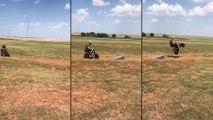 Atterrissage loupé avec sa moto