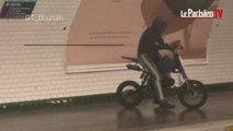 Moto, scooter, rollers : on voit de tout dans le métro