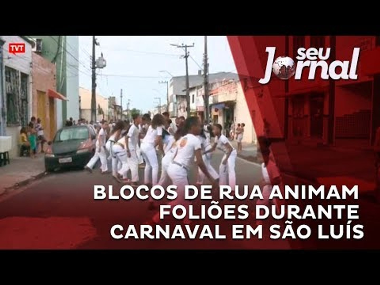 Blocos de rua animam foliões durante carnaval em São Luís