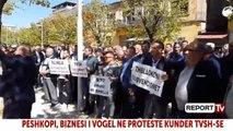 Report TV - Biznesi i vogël në Peshkopi në protestë: Anuloni vendimin për TVSH, po falimentojmë