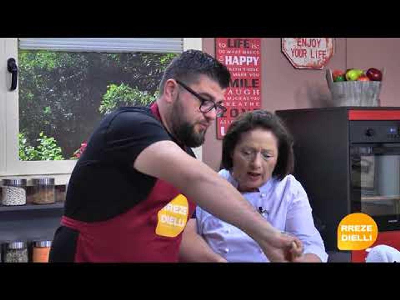 Te gatuajme me Zonjen Tefta Pjesa 1 Biskote me Portokall, Supe me kungull te gjelber