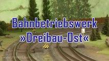 Die wunderschöne Modellbahn Dreibau-Ost in Spur 1 mit Dampfloks von Märklin und KM1 und Kiss - Ein Video von Pennula zum Thema Modelleisenbahnanlage und Modellbahnausstellung