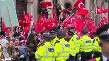 İngiltere'de Cumhurbaşkanı Erdoğan'a sevgi gösterisi - LONDRA
