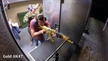 Hombre dispara todas las armas que haz usado en VideoJuegos  Virales Facebook