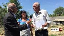 Report TV - Fier, lumi u mer shtëpinë, të moshuarit prej tre vitesh në çadër