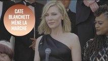 82 femmes montent les marches de Cannes pour protester
