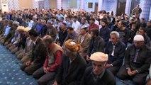 Irak sınırında ilk teravih namazı kılındı - HAKKARİ
