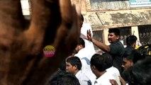 కారు ఎక్కి పవన్ ని లాగేసిన అభిమాని...Pawan Kalyan Road Show In Chittoor..Pawan Fans..Janasena Party