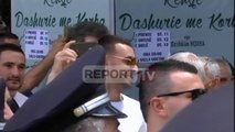 """Report TV - Sali Lushaj dhe """"Stresi"""" në protestë, kërkojnë dorëheqjen e Xhafës"""