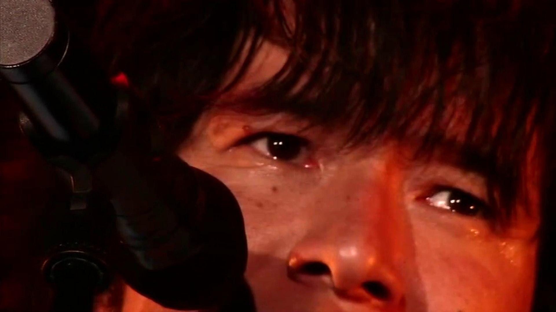桜井さん、ちょっと涙。。。[2004年、夏の沖縄で] 1999年、夏、沖縄 (LIVE 2004/09/25) / Mr.Children ミスチル ミスター・チルドレン ミスターチルドレン