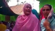 Indian Gola Baari Se Shaheed Bacchon Ki Maan Ki Nawaz Sharif Ko Gaalian