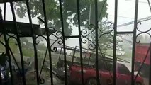 VIDEO-  Fuerte lluvia con caída de granizo en la provincia de Colón, sector de Puerto Pilón. Se pide manejar con extrema precaución o evitar salir de casa. La e