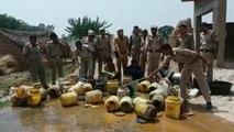 कानपुर में मौतों के बाद पुलिस ने बहाई शराब की 'नदी', देखिए वीडियो