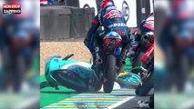 MotoGP : Un pilote saute par-dessus la moto d'un concurrent en pleine course (Vidéo)