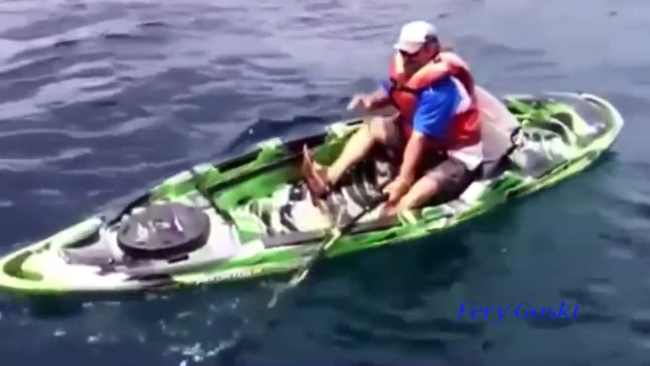 Fishing Fails Funny – Compilation Fishing 2016 Very Funny – Fisherman Pulled Fish