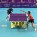 Un échange extraordinaire dans un match de Ping-Pong !