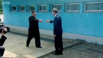 Kore Yarımadasında tarihi an: Kuzey Kore ve Güney Kore liderleri el ele