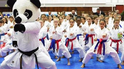 [Clip] La compétition kata pour les enfants