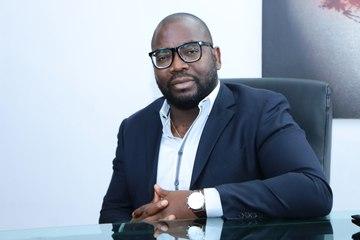Tchê à la une :  Augustin Akou