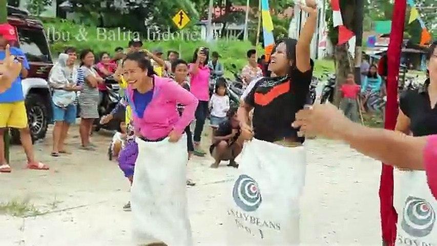 Lucu Lomba 17 Agustus 2016 Ibu Ibu Lomba Balap Karung Dan Menangkap Ikan Lele Video Dailymotion