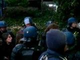 répression à la fac: Lyon 2 Bron le 06/12/07