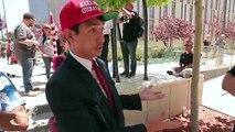 Filipino immigrant Trump Supporter Debates Anti- Trump Protester Mayday Los Angeles