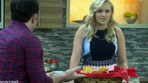 Young and Hungry S03E06 - Young & Rachael Ray