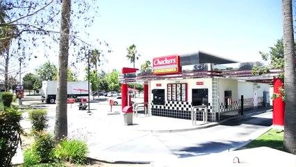 En Californie, une journaliste de ABC teste les chaîne de hamburgers