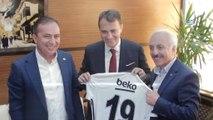 Beşiktaş Başkanı Fikret Orman: 'Spordaki şiddet ve kavga insanları spordan uzaklaştırıyor'