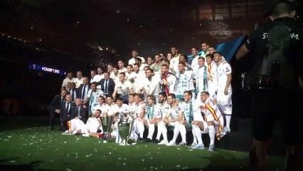 Au stade Santiago Barnabeu, le Real Madrid célèbre son triomphe