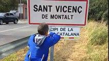 Quince segundos aguanta la placa de la república catalana en este pueblo