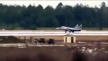 Un pilote de chasse obligé de s'éjecter au décollage alors que son avion prend feu